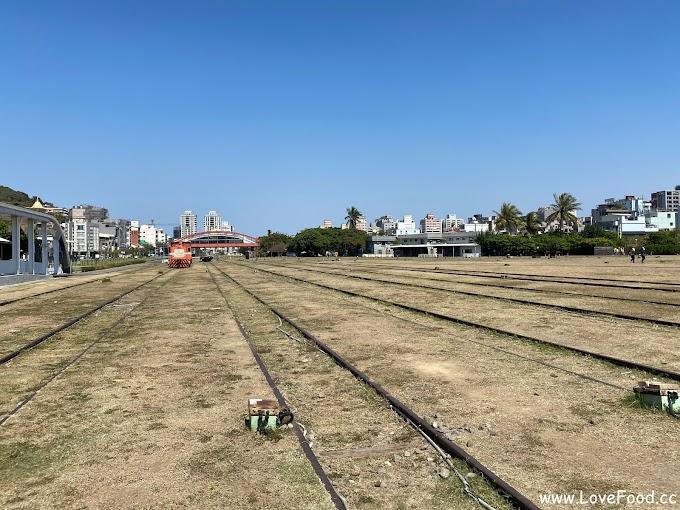 高雄鼓山-哈瑪星鐵道文化園區-展出真實火車模型 高雄第一個火車站-hamasen
