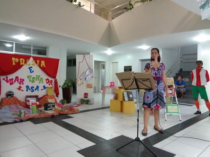 """UFRN: Alunos de Pedagogia montam a exposição """"Poesia é voar fora da asa"""""""