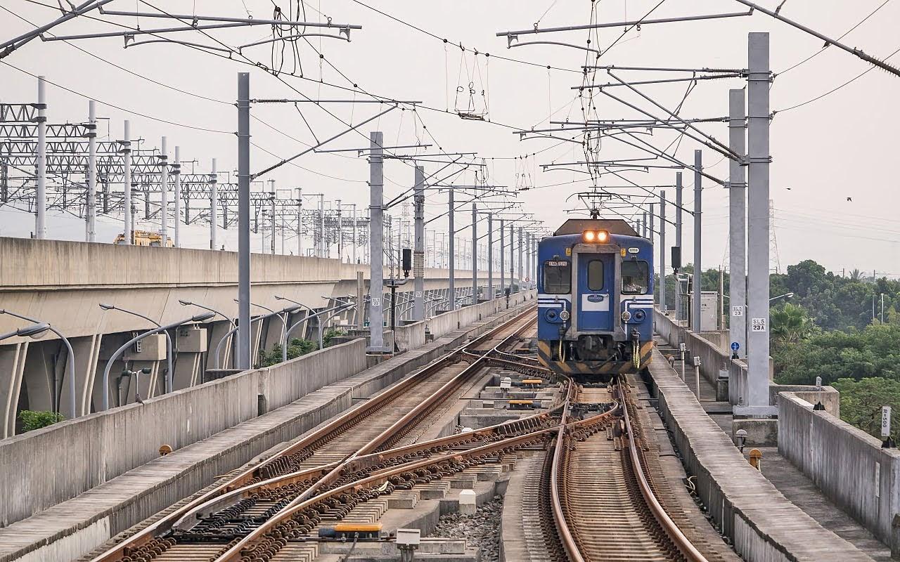做台鐵沙崙線從高鐵站到南科站最多需要52分鐘|台南鄉民熱議從高雄或嘉義過去都比較快
