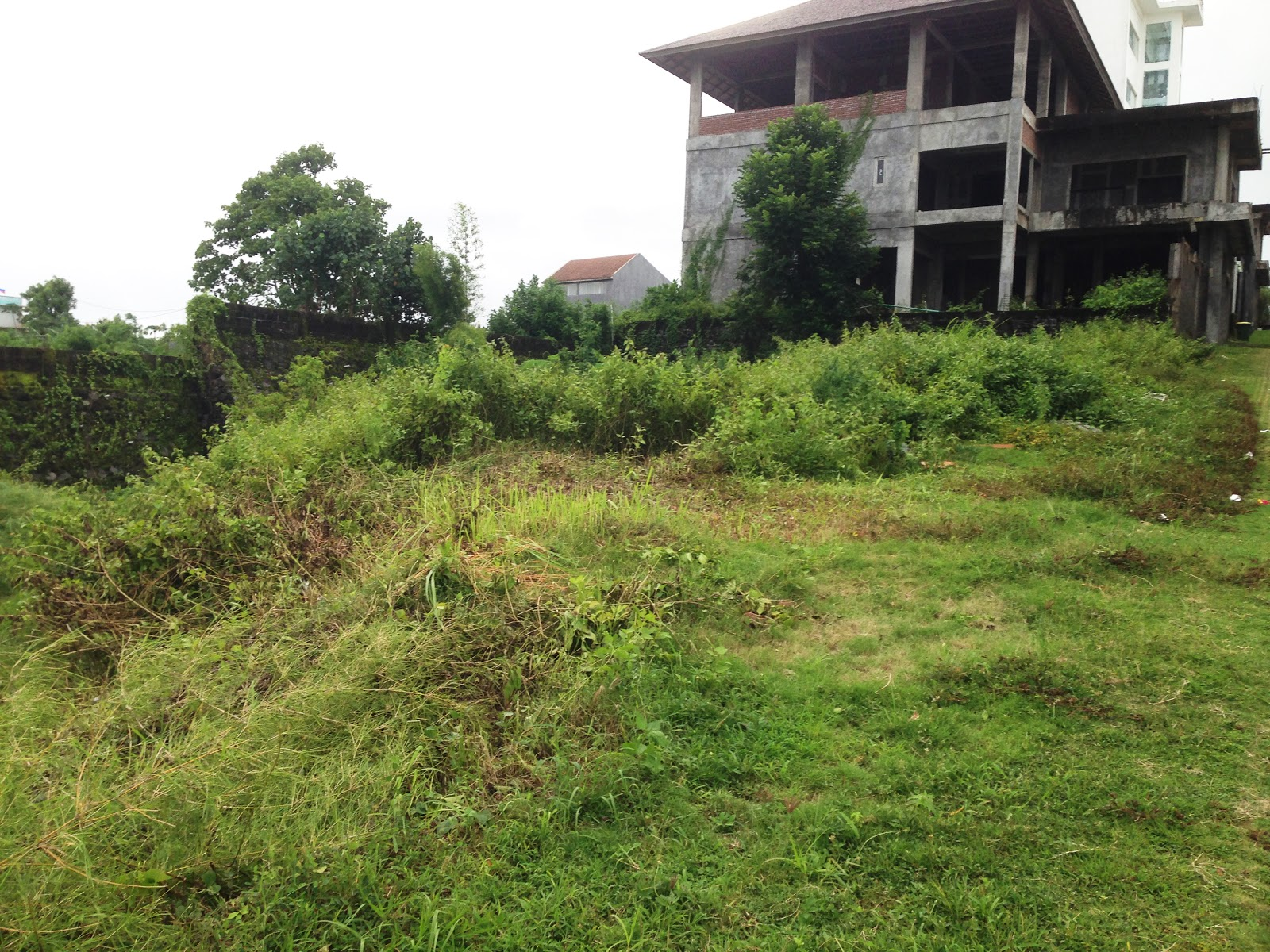 BUC dijual tanah goa gong Ungasan bali di perumahan Elit pinggir jalan utama sebelah selatan atas kampus udayana nusa dua bali