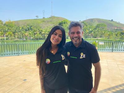 Aline Riscado e Luigi Baricelli (Divulgação/SBT)
