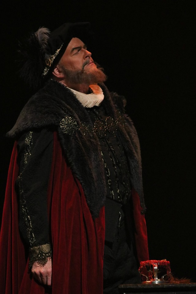 IN REVIEW: bass-baritone DAN BOYE as Guglielmo Cecil in Piedmont Opera's October 2019 production of Gaetano Donizetti's MARIA STUARDA [Photograph © by André Peeler & Piedmont Opera]