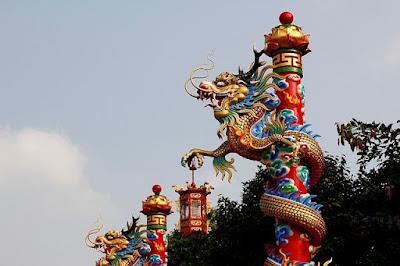 Бангкок, Таиланд. Bangkok, Thailand, храм с драконами