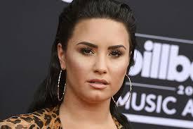 O que é verdade e o que é mentira sobre a internação de Demi Lovato