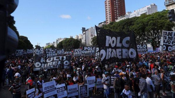 Gobierno rectifica y permite protesta contra G20 en Argentina