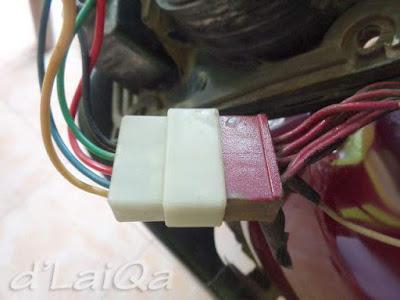 periksa socket kabel lampu