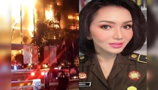 Ruang Jaksa Pinangki di Kejagung Terbakar, HNW: Barbuk Djoko Tjandra Aman?