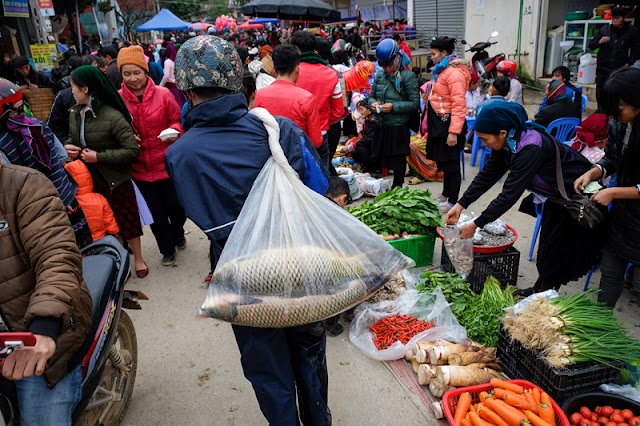 Radiant Spring Market, Ha Giang In The Early Days Of The New Year 10