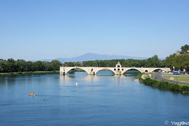 Il Pont Saint-Bénézet simbolo di Avignone