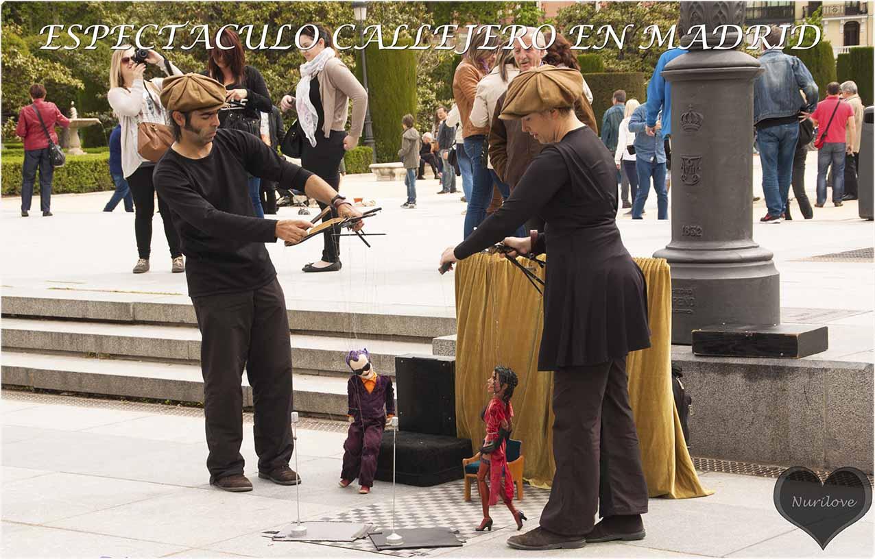 Espectáculo callejero en Madrid con marionetas