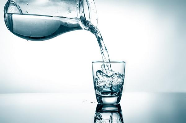 اهمية شرب الماء