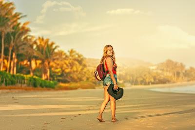 Estudio determina que viajar produce más felicidad que casarse y tener hijos