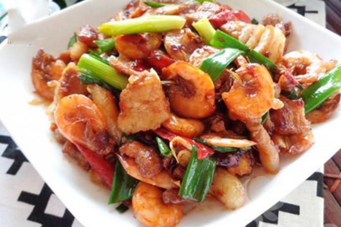Cách làm món tôm rim thịt thơm ngon cho bữa cơm tròn vị