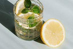 Variasi Infuse Water untuk Diet Sehat yang Lebih Berwarna