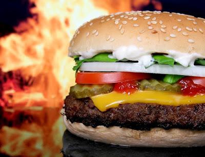10 cosas asquerosas encontradas en comida rápida