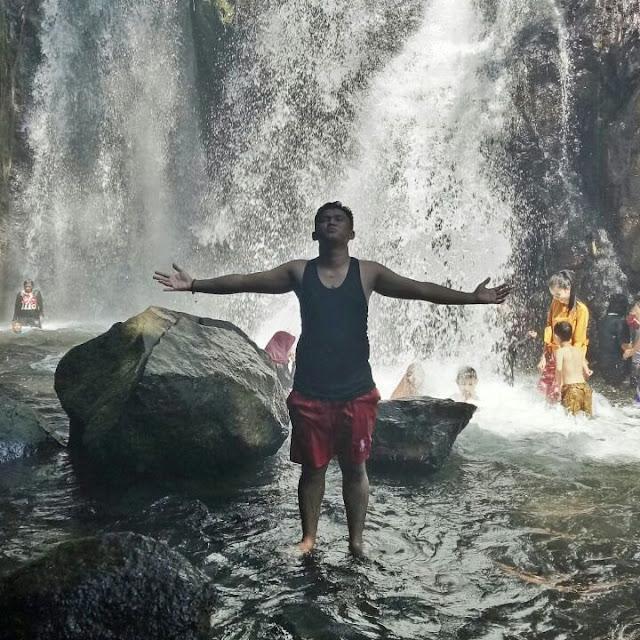 Air Terjun Panas Dingin Goa Susu
