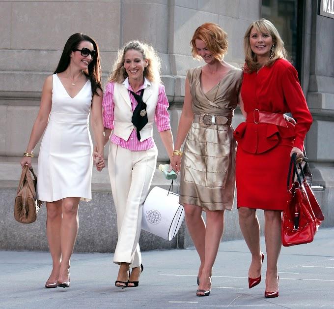 Τα πιο iconic outfits από το Sex and The City που ζηλεύουμε 20 χρόνια μετά!
