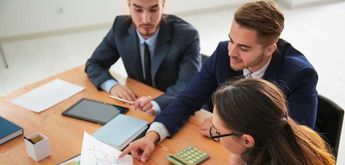 How a Part-Time CFO Can Resolve 8 Common Business Cash Flow Problems
