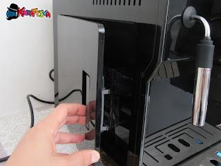 apertura laterale macchina da caffè Cecotec