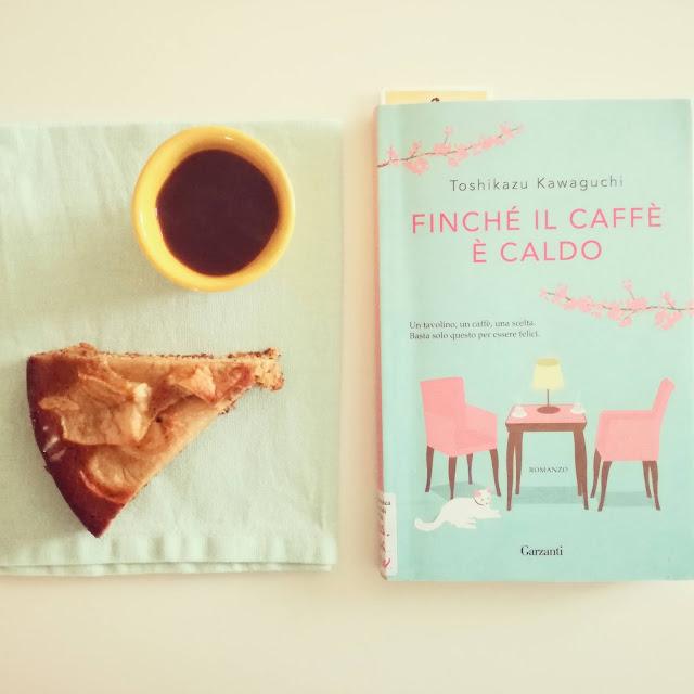 libro-caffè-torta