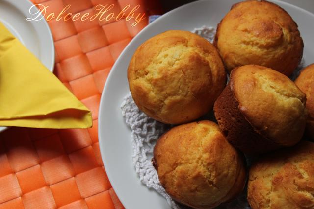 muffin di ricotta al profumo d'arancia