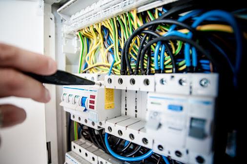 Gambar Ilustrasi Teknik Elektro