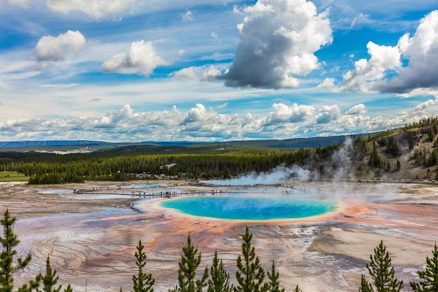 10 Interesting Yellowstone National Park Facts That May Impress You