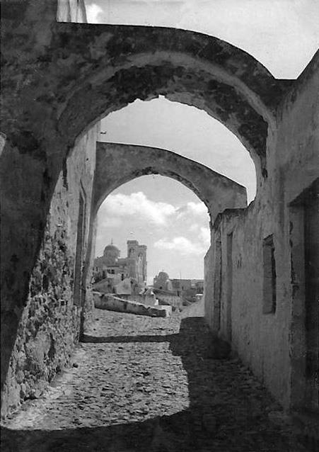 Old photos of Santorini (Path 1)   547613 498463650170965 517468469 n