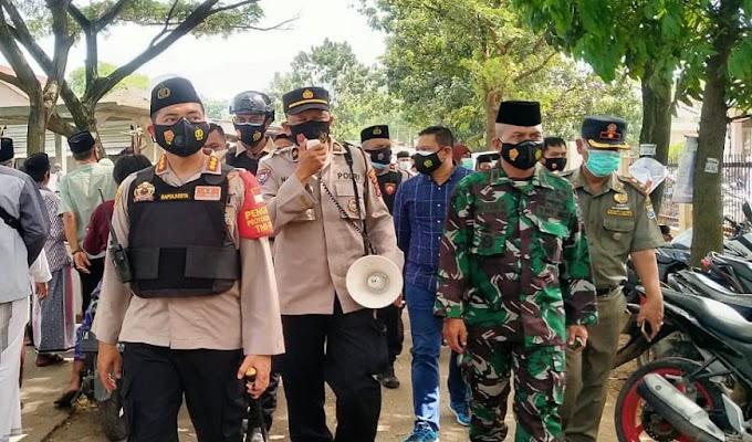 Abuya Uci Wafat, Kapolresta Tangerang Imbau Masyarakat Patuhi Prokes dan Ajak untuk Berdoa dari Rumah
