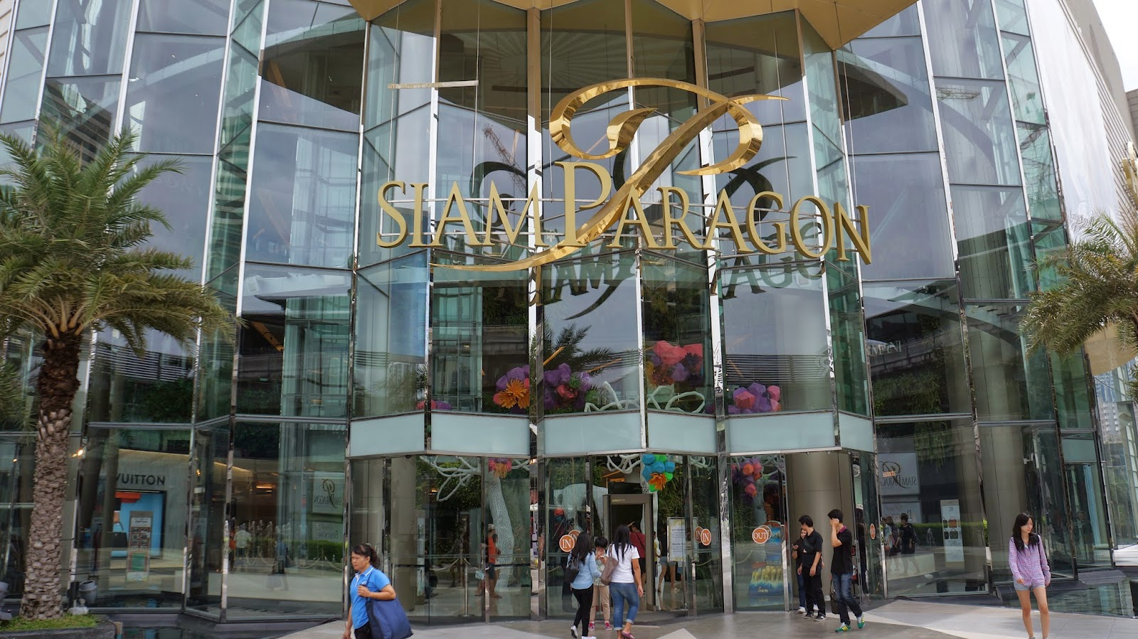 The entrance to Siam Paragon, one of Bangkok's most popular shopping malls