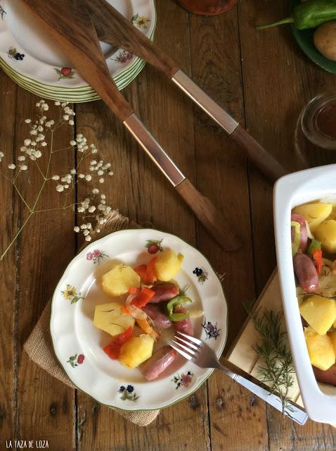 patatas-con-verduras-y-salchichas