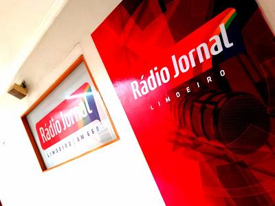 Rádio Jornal Limoeiro realiza aniversário solidário na Praça da Bandeira