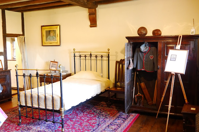 Bedroom at Bateman's