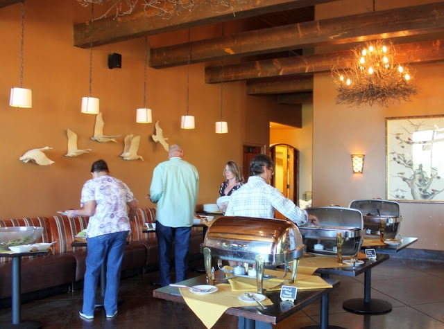 Check out the decor at the Angel Fire resort. Don't you love the pairing of the birds with the nest chandeliers? Clever!