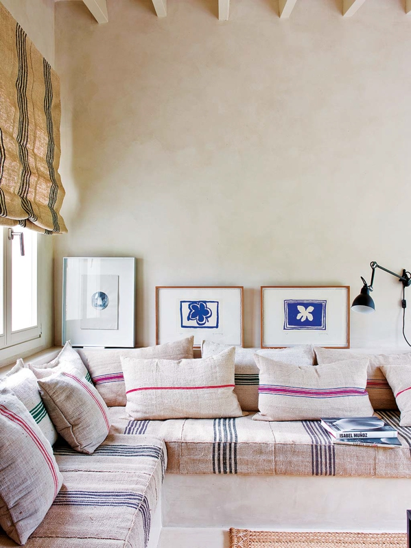 sofa con tela de arpillera