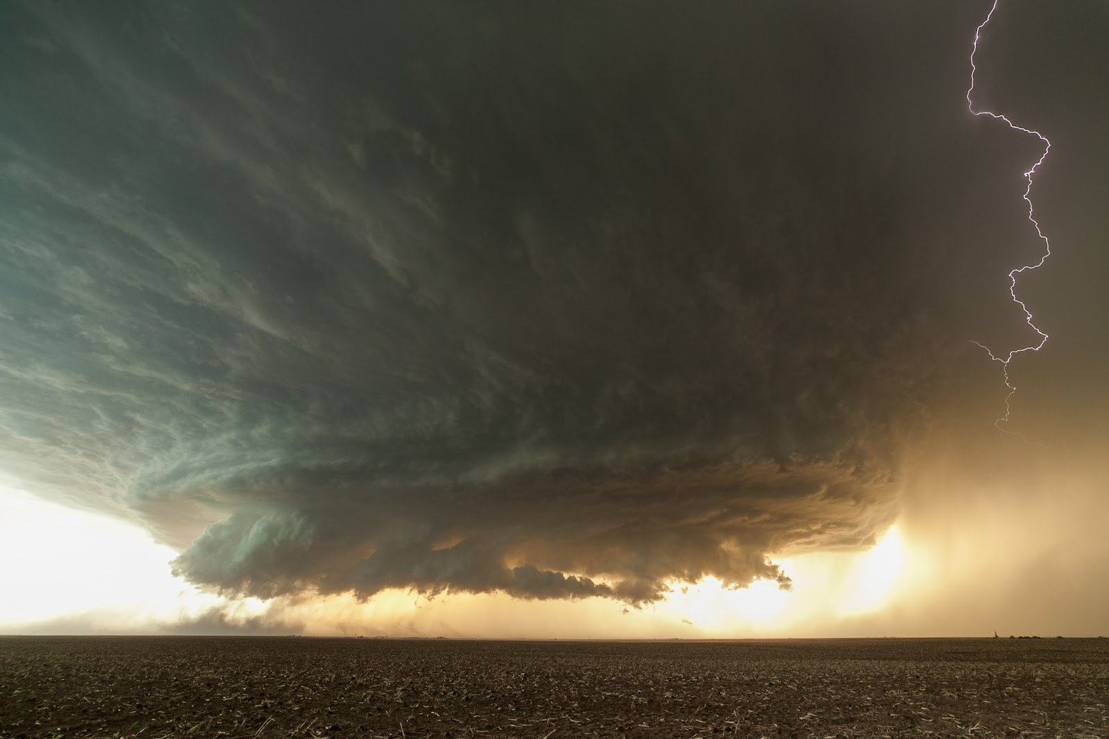 Supercell near Booker, Texas Video and GIF