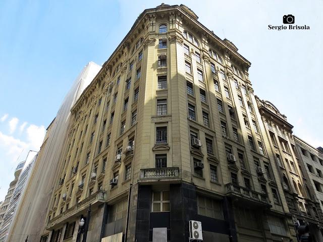 Vista ampla do belo Edifício Casa Palmares - Centro - São Paulo