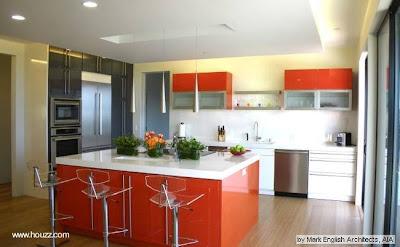 Color naranja en una cocina