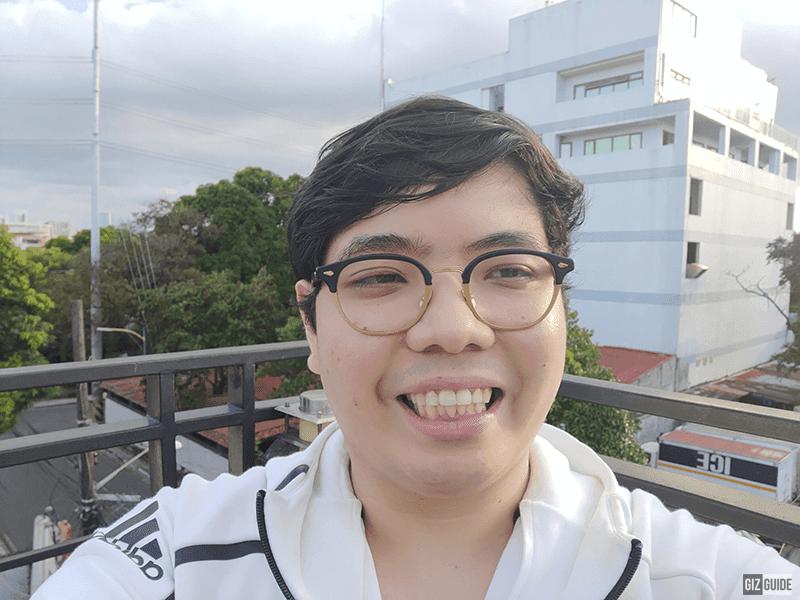 Selfie camera daylight