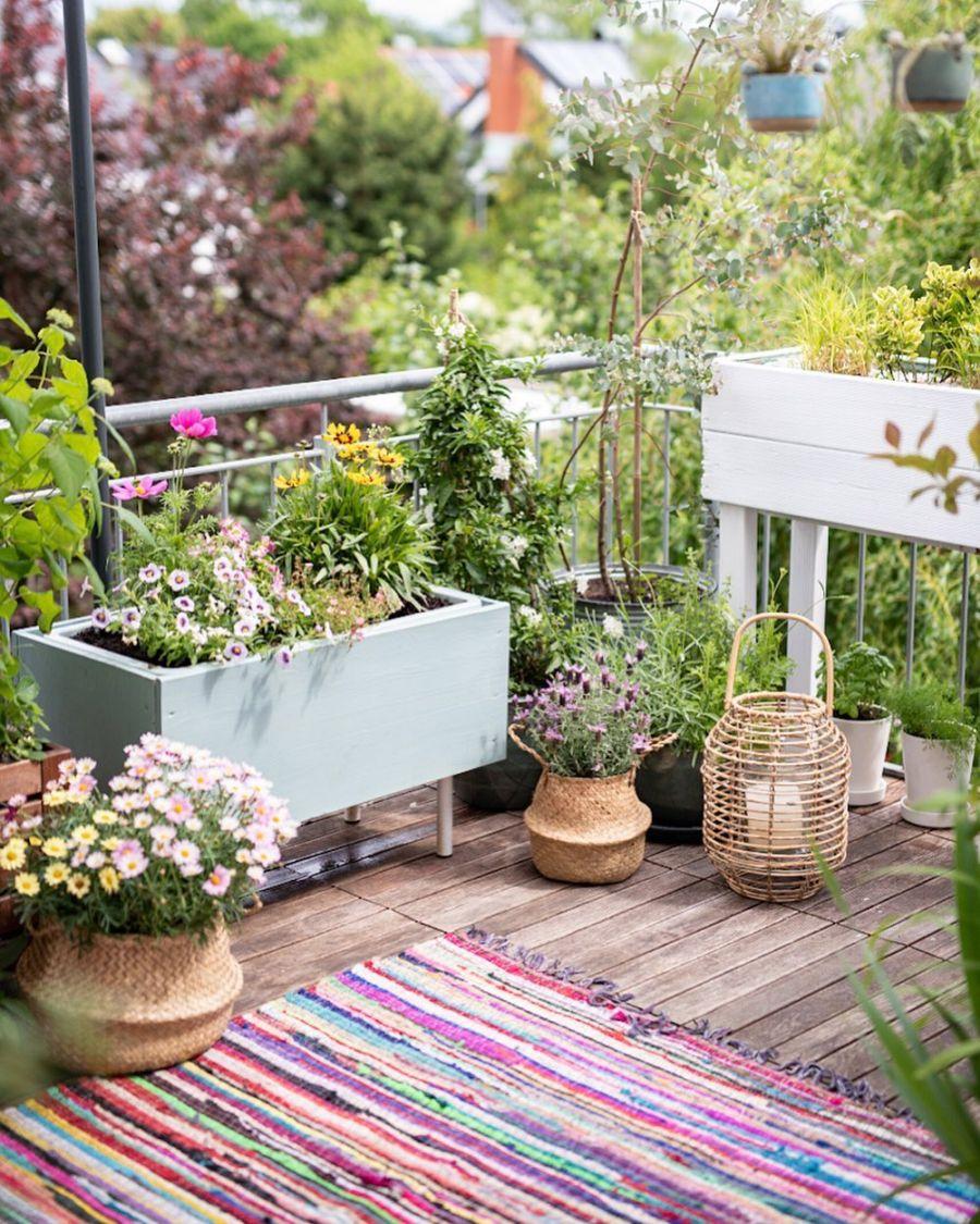 Wiosenne kolory w klimatycznym mieszkanku, wystrój wnętrz, wnętrza, urządzanie domu, dekoracje wnętrz, aranżacja wnętrz, inspiracje wnętrz,interior design , dom i wnętrze, aranżacja mieszkania, modne wnętrza, home decor, styl skandynawski, scandi, scandinavian style,  taras, balkon, weranda