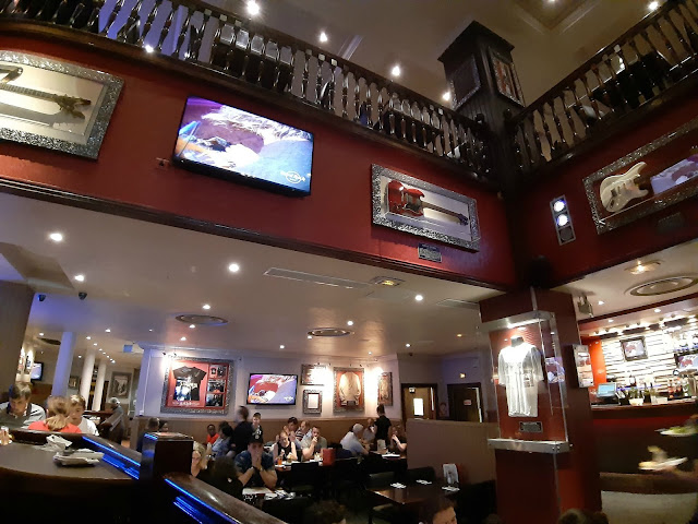 Hard Rock Cafe Paris HRC menu nouvelle carte restaurant burger
