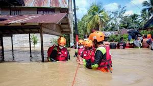 Air Sungai Meluap Banjir di Tanah Laut Rendam Ribuan Rumah