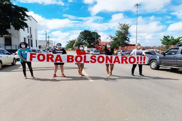 Manifestantes fazem protesto contra Bolsonaro em Porto Velho