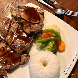 Pork Chops with Vegetables and Rice