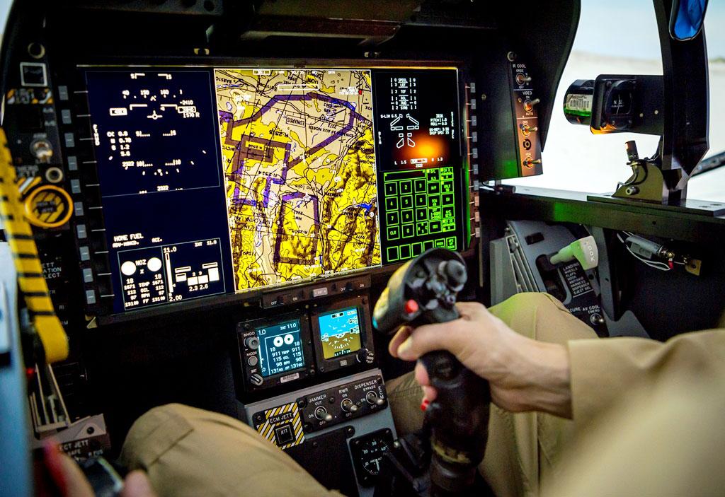 EDR_Boeing_F-18_04.jpg