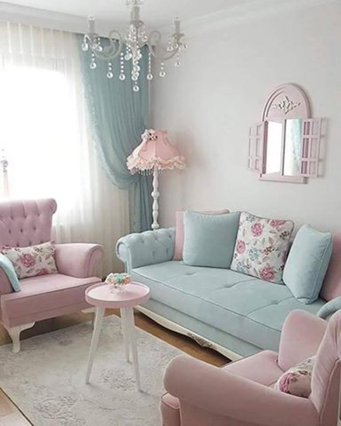 Ruang Tamu Kombinasi Perabot Warna Tiffany Blue Dan Soft Pink
