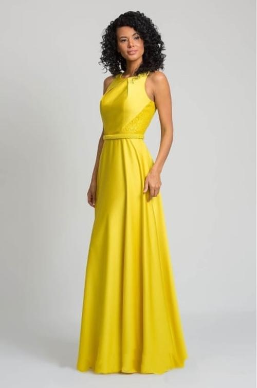 vestido longo amarelo para casamento durante o dia