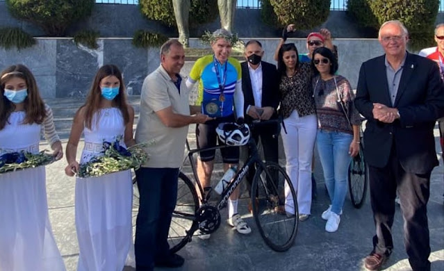O Αμερικανός πρέσβης Τζέφρι Πάιατ συμμετείχε στην 32η ποδηλατική Σπαρτακιάδα