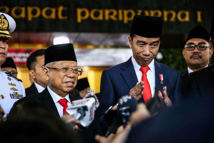 Jokowi Minta Rakyat Tinggal di Rumah, Wapresnya Ajak Wisata, Publik Jadi Bingung Mau Pilih Mana