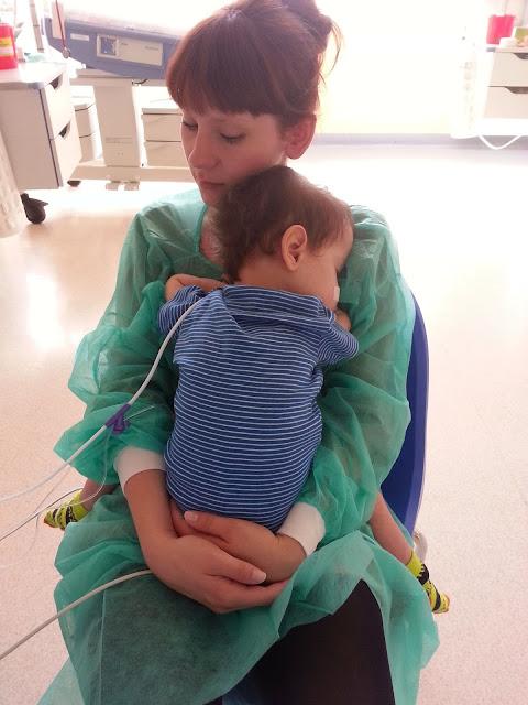 intensywna terapia, wada serca, samotne dziecko, szpital, prokocim